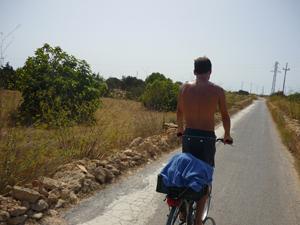 Paseo en bici por el Camì Vell de la Mola