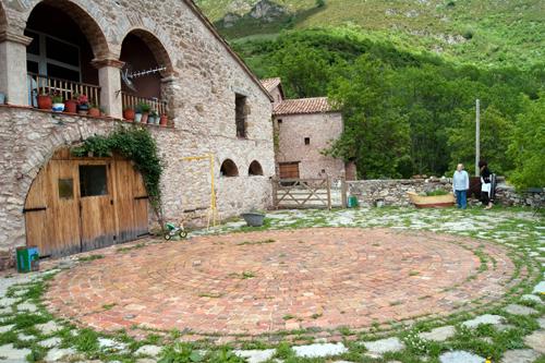 TOP RURAL se une a la banalización del uso del concepto de turismo rural ECOLÓGICO