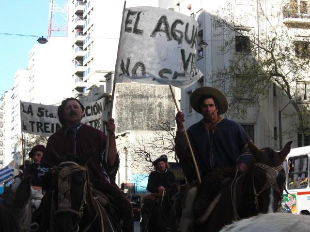 III Marcha Nacional en Defensa de la Tierra: La amenaza de Aratirí y la MEGAMINERÍA para el Uruguay