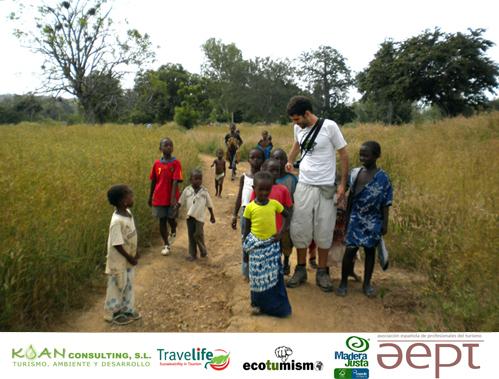Mesa redonda FITUR 2011: TURISMO RESPONSABLE y nuevas generaciones