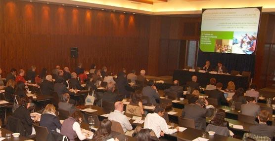 Experiencias para promover la SOSTENIBILIDAD ambiental del turismo en España en FUTURALIA 2011