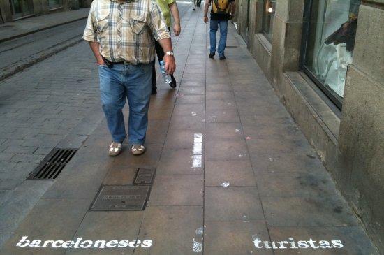 BARCELONESES vs. TURISTAS